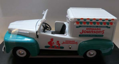 1948 Ford F-1 Ice Cream Truck weiß/mint