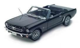1964 1/2 Ford Mustang Convertible schwarz