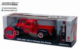 1950 GMC 150 Pickup & Vintage Gas Pump ,,GULF''