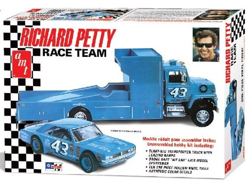 #43 Richard Petty Race Team Hauler & Stock Car