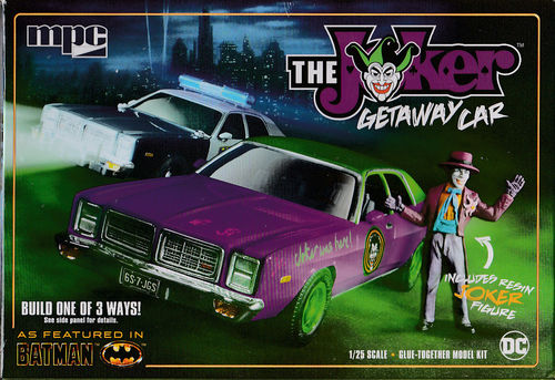 The Joker Getway Car mit Figur 3in1 Joker Car,Gotham City Police Car,1977 Dodge Monaco 4-Door Sedan